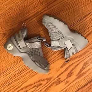 Jordan Infant Sneakers, Gray